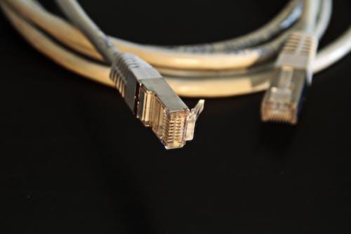 Бесплатное стоковое фото с лвс, максросъемка, провод, сетевой кабель