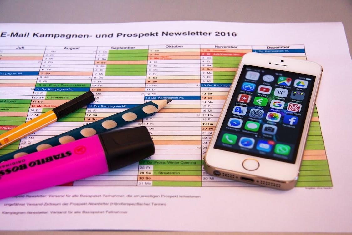 Turned on Iphone 5 on Prospekt Newsletter 2016