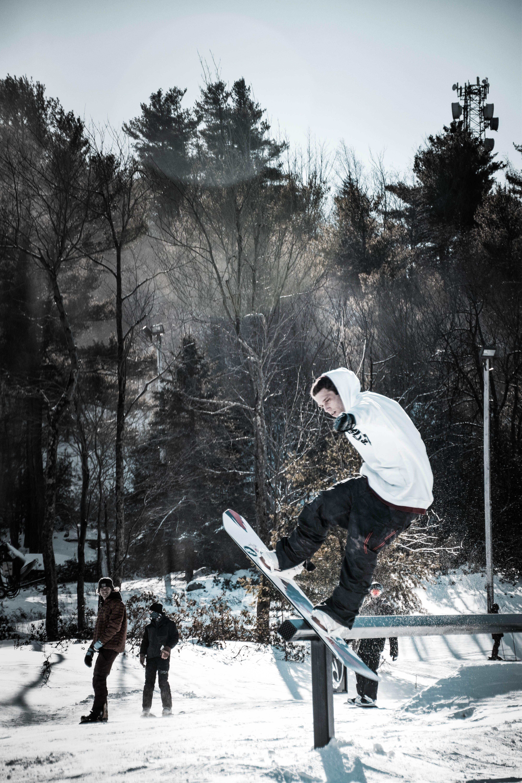 Δωρεάν στοκ φωτογραφιών με snowboard, άθλημα, αναψυχή, άνδρας