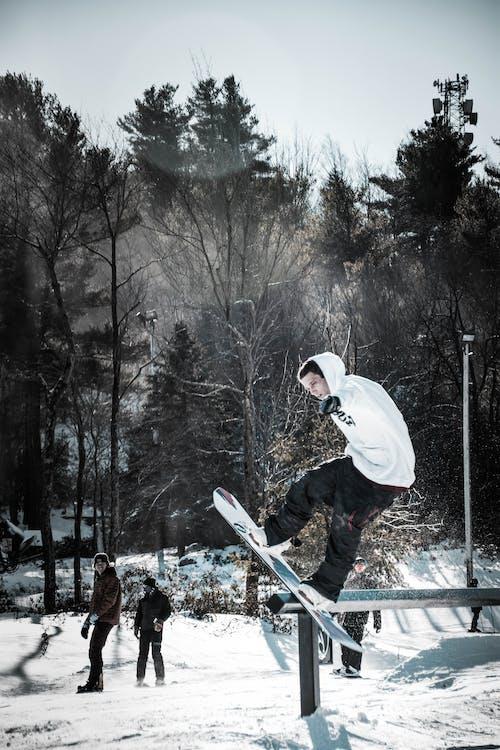 azione, divertimento, fare snowboard