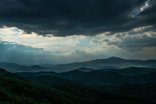 山の無料の写真素材