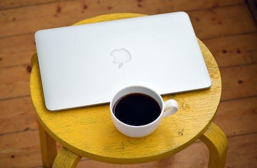 Darmowe zdjęcie z galerii z apple, jabłko, kawa, kofeina