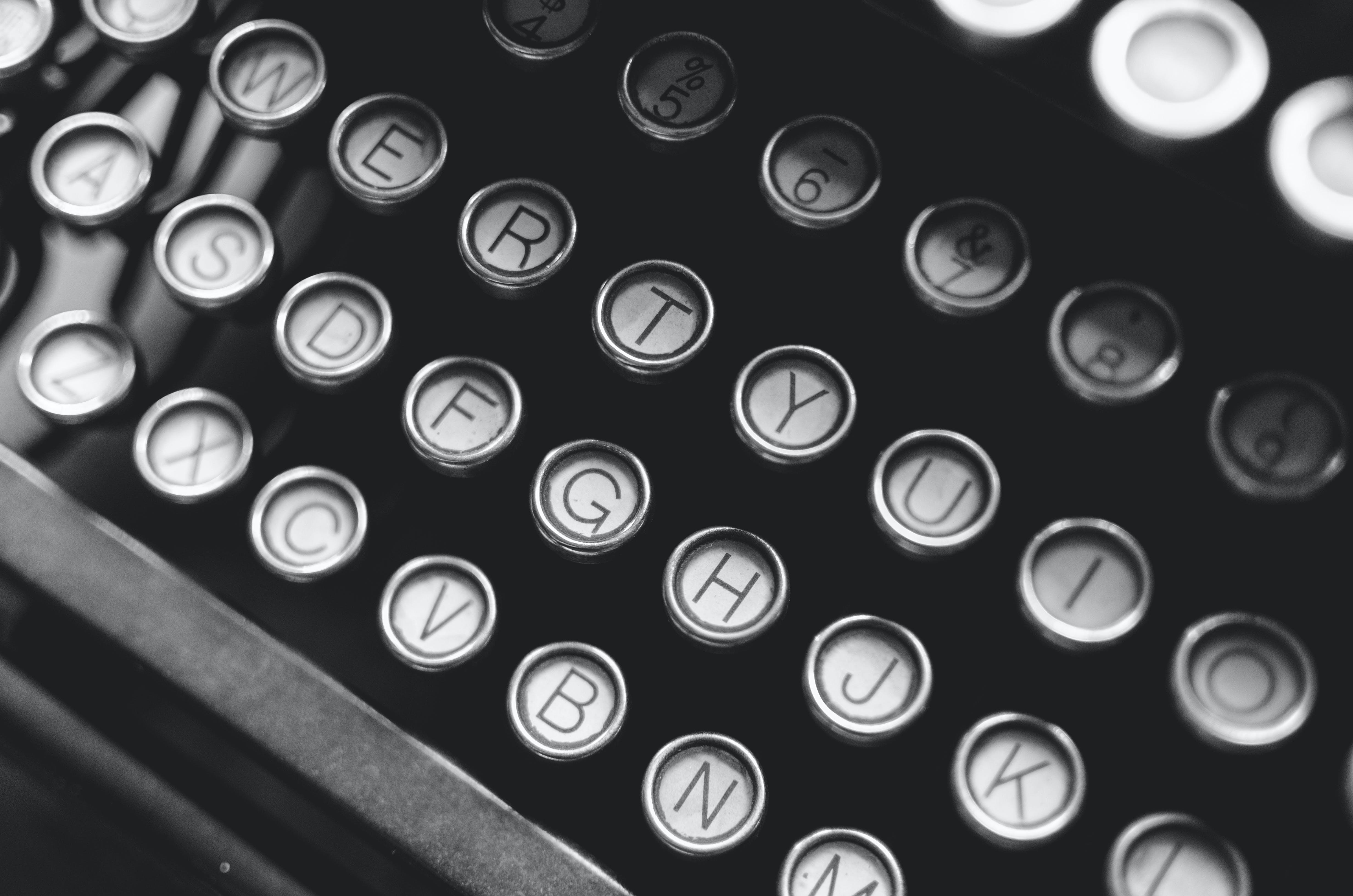 Gratis stockfoto met esthetiek, schrijfmachine, zwart en wit