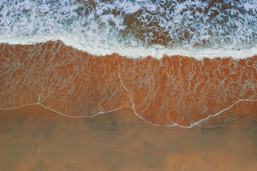 คลังภาพถ่ายฟรี ของ การถ่ายภาพโดรน, คลื่น, ชายทะเล, ชายฝั่งทะเล