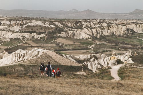 dağlar, dehaze, eğlence, kapadokya içeren Ücretsiz stok fotoğraf