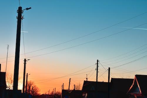 คลังภาพถ่ายฟรี ของ ดวงอาทิตย์, ตะวันลับฟ้า, ถนน, ท้องฟ้า