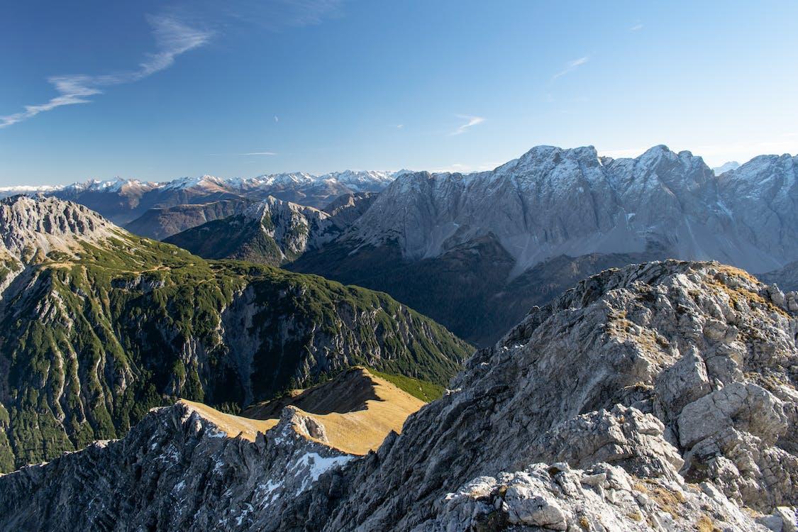 Alpok, ég, hegyek