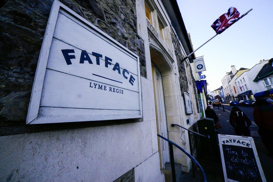 Бесплатное стоковое фото с fatface, англия, вывеска