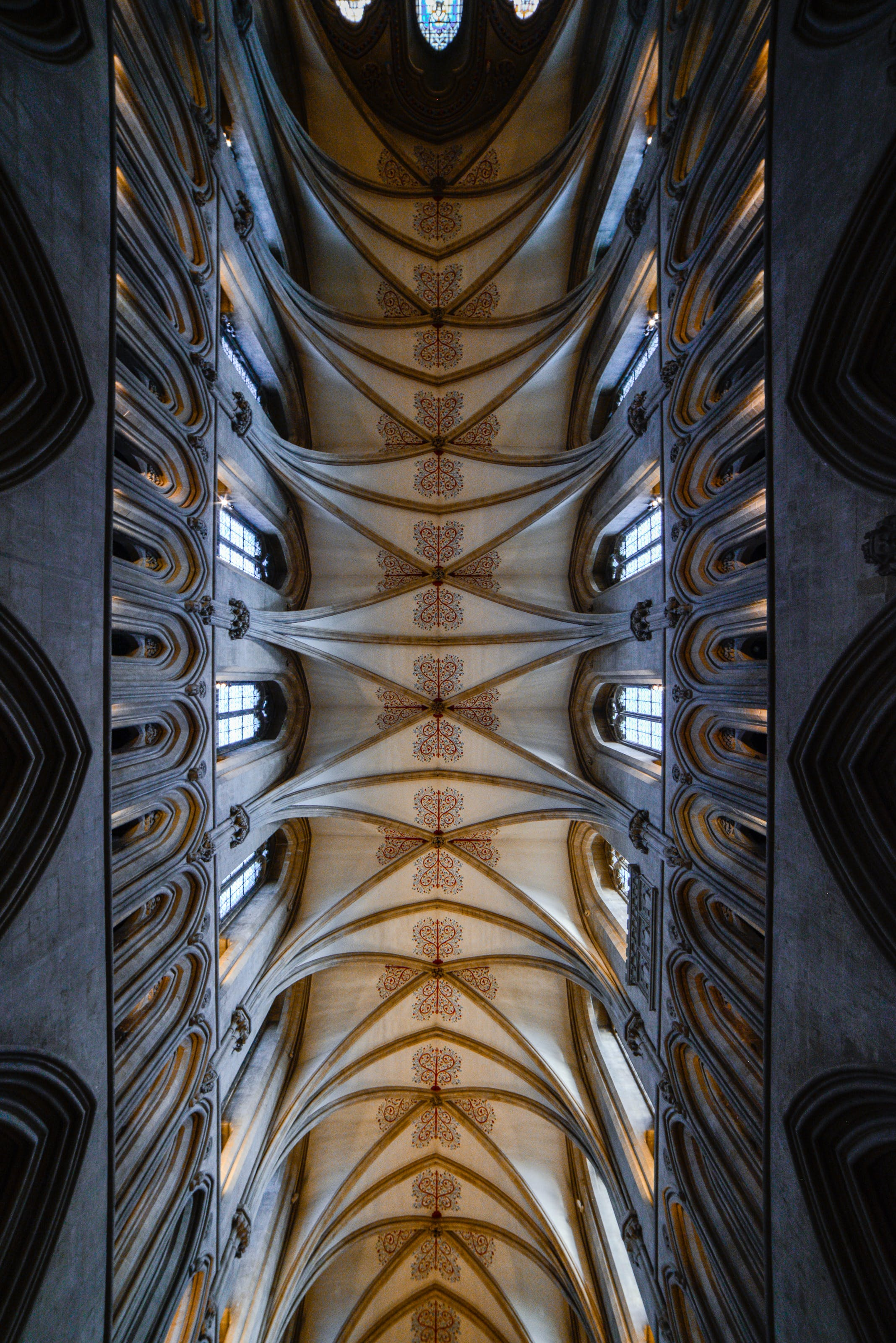 Free stock photo of arched window, ceiling, ceiling lights, church