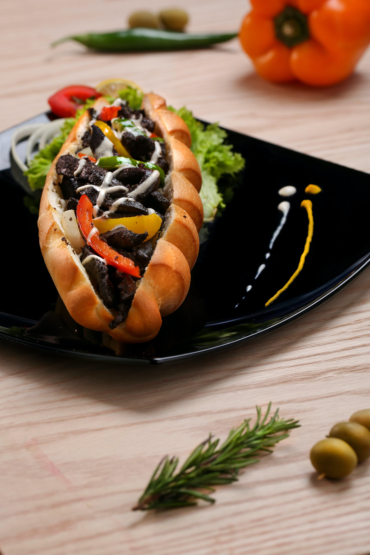 Sandwich on Black Plate