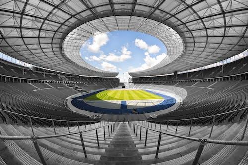 Základová fotografie zdarma na téma architektura, hřiště, olympiastadion berlin, pole