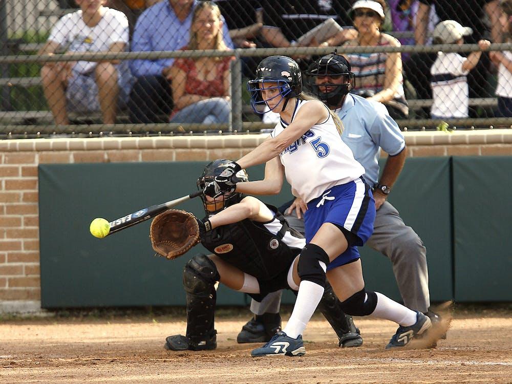 бейсбол, бейсбольная бита, действие