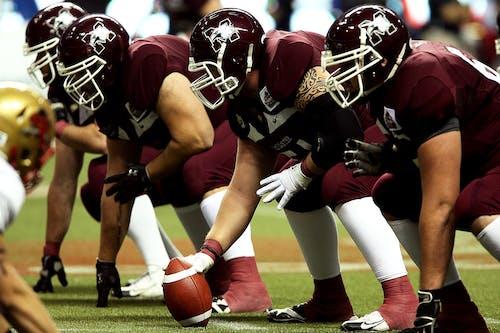 Gratis stockfoto met actie, american football, Amerikaans voetbal, atleten