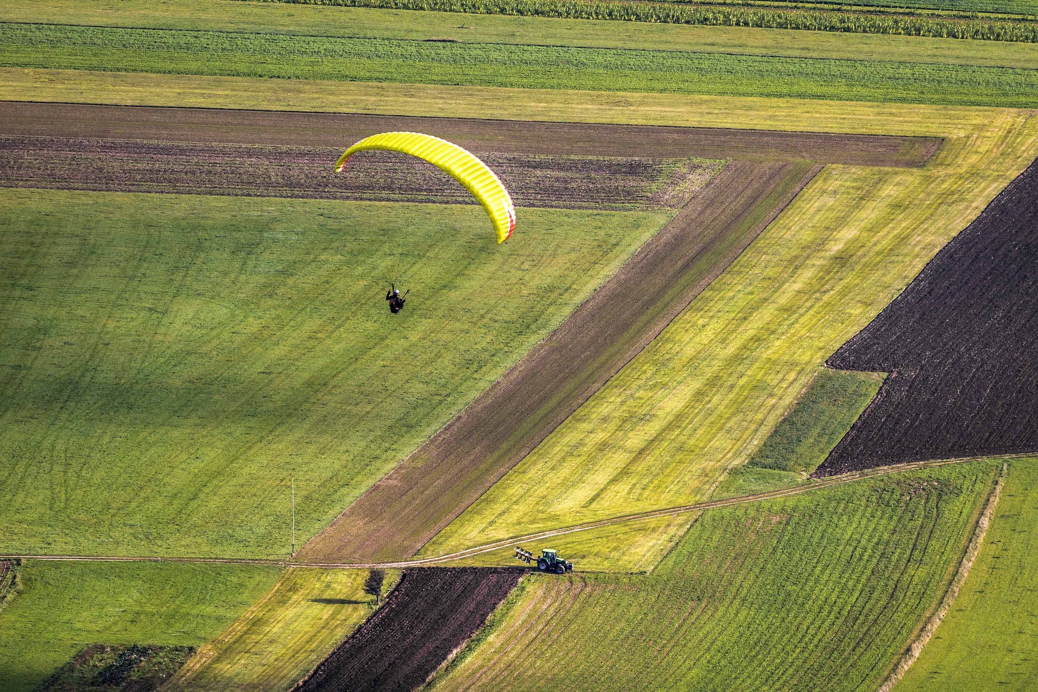 Základová fotografie zdarma na téma dobrodružství, farma, krajina, orná půda