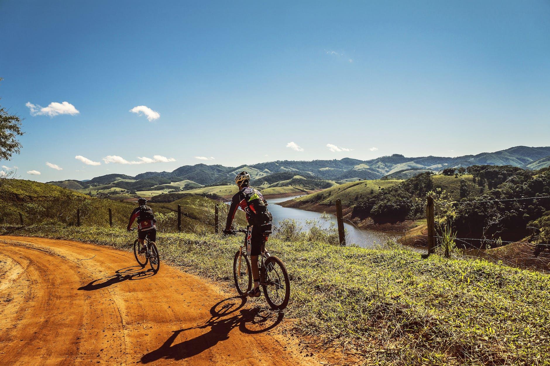 Кататься на велосипеде