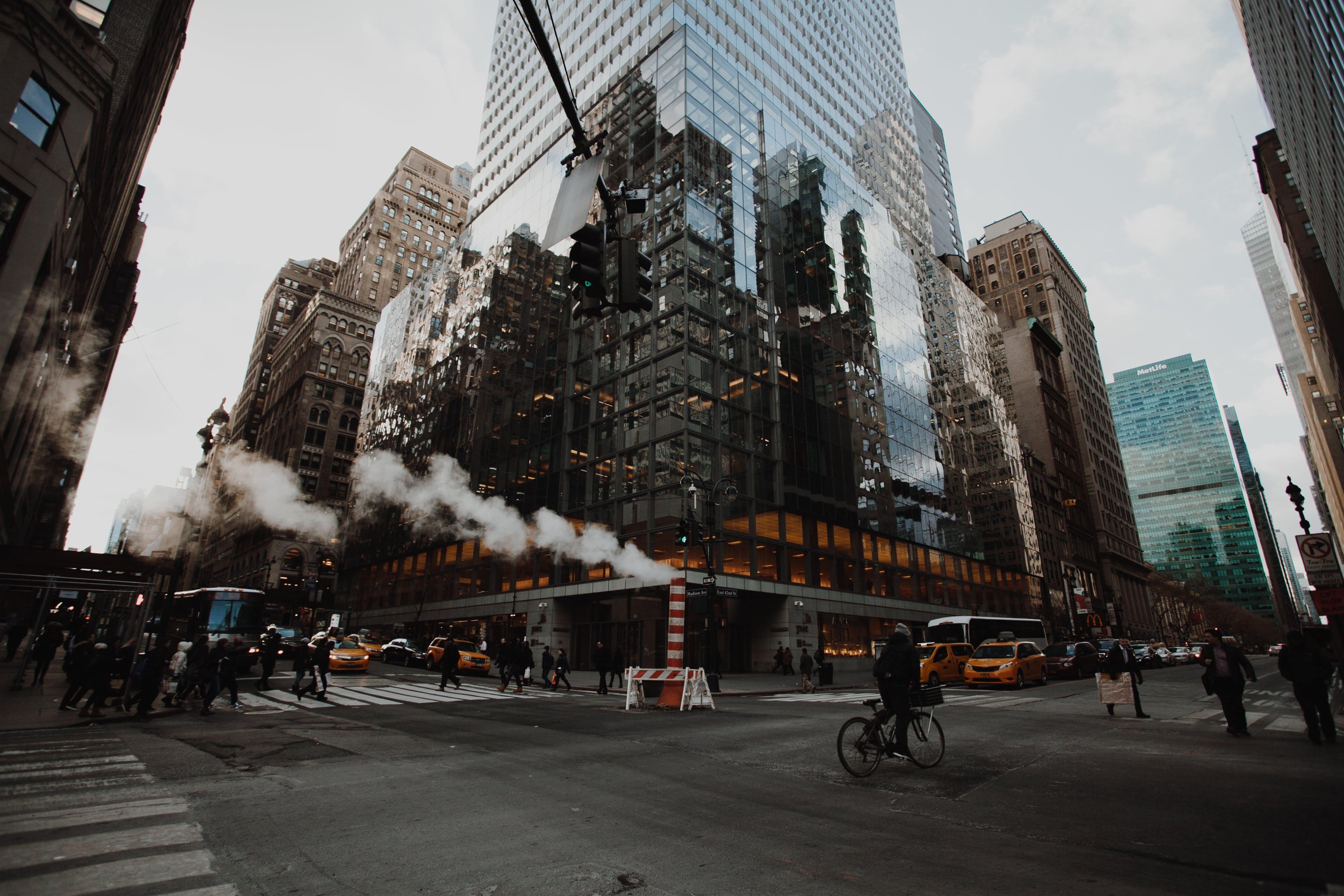 abd, binalar, dört yol ağzı, gökdelen içeren Ücretsiz stok fotoğraf