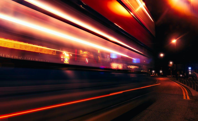 architettura, autostrada, fasci di luce