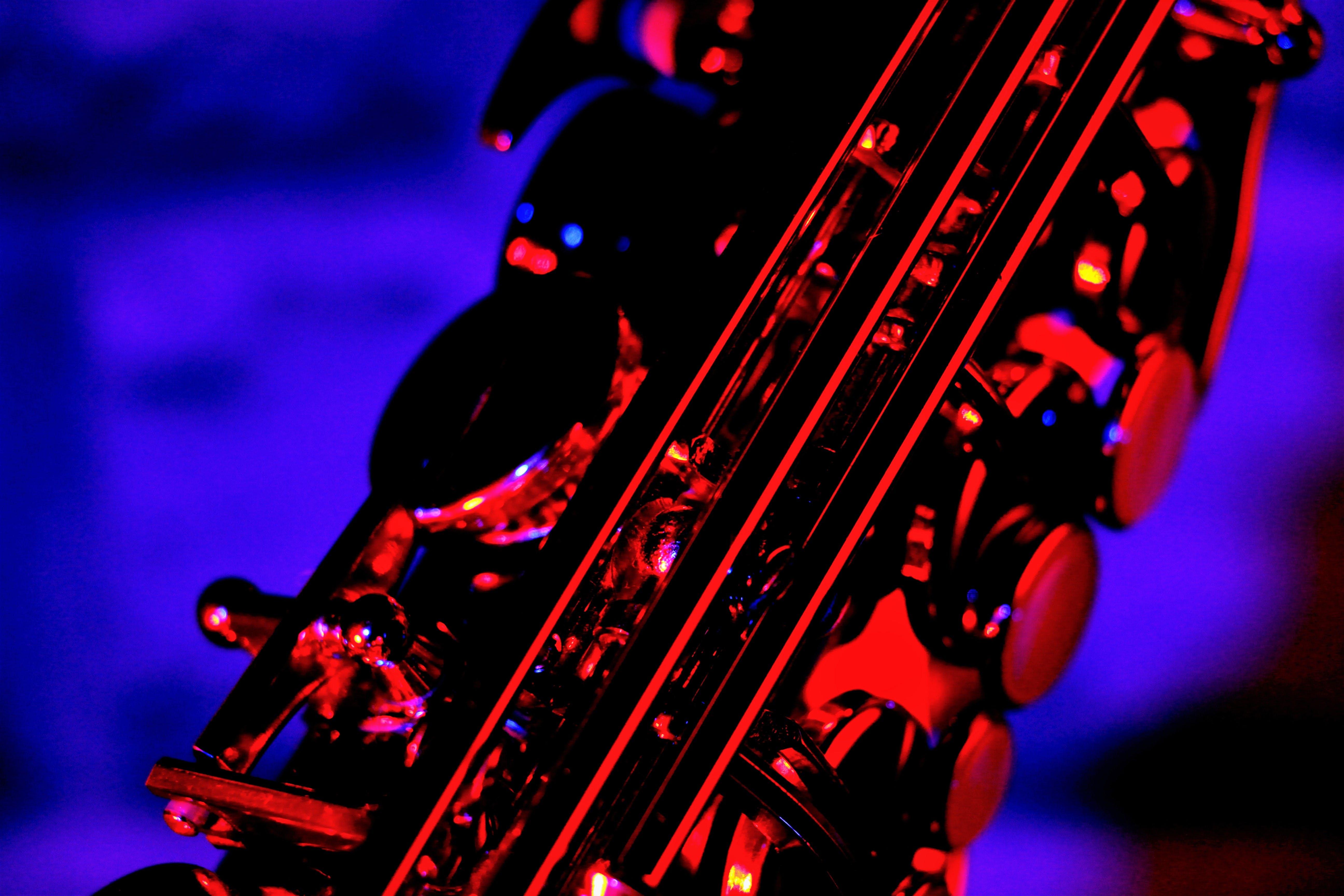 Kostenloses Stock Foto zu blau, rot, saxophon, wallpaper