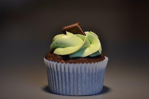 Kostenloses Stock Foto zu backwaren, cupcake, dessert, essen