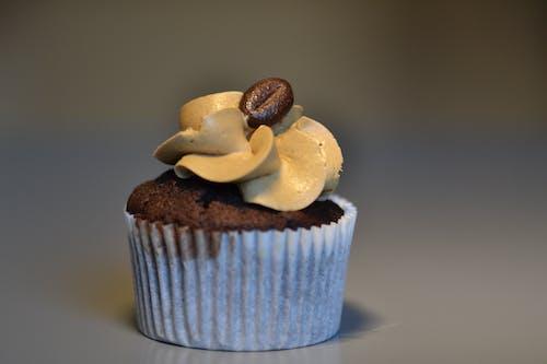 Foto profissional grátis de assando, bem, massa folhada, muffin
