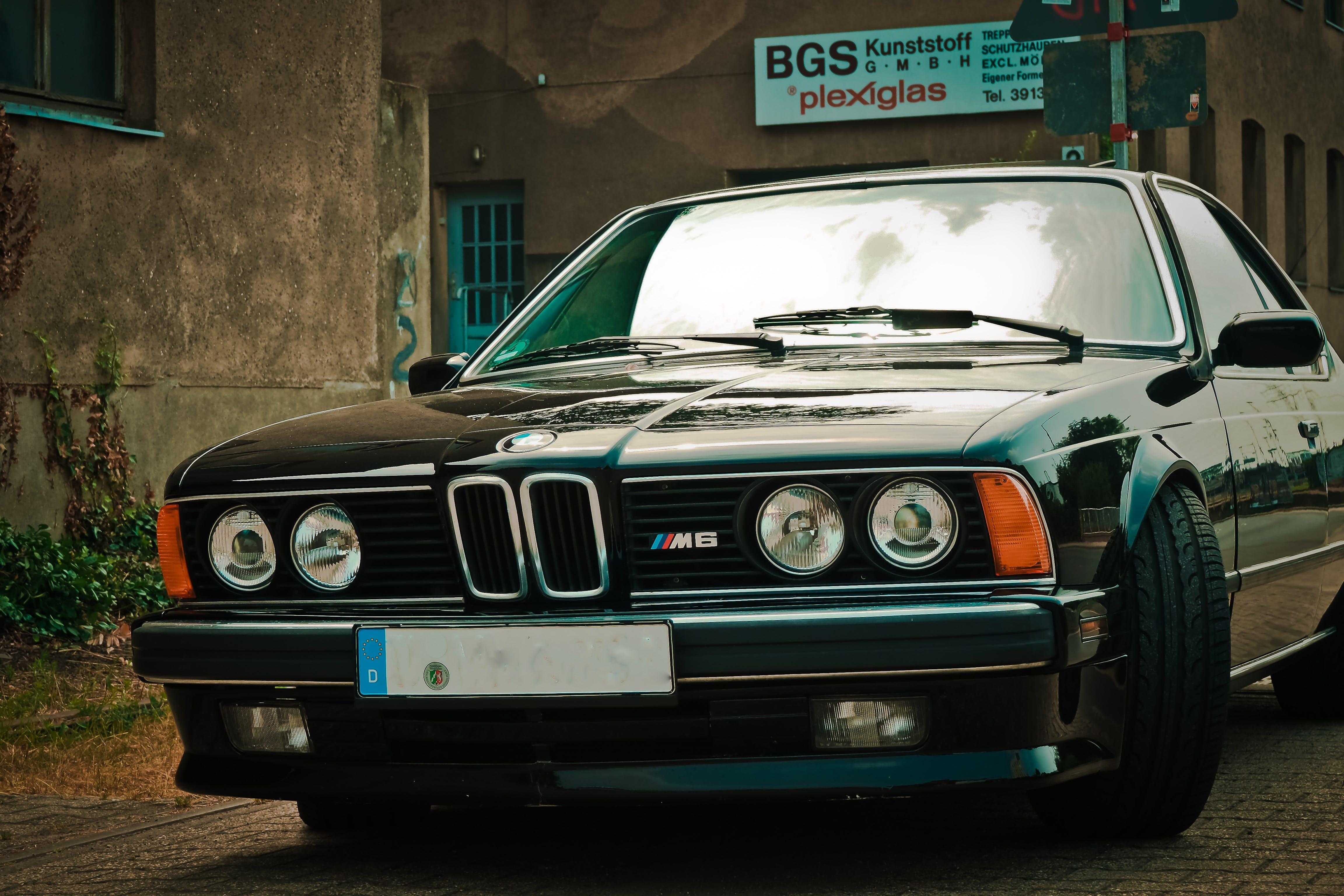 Free stock photo of vehicle, classic, limousine, spotlight