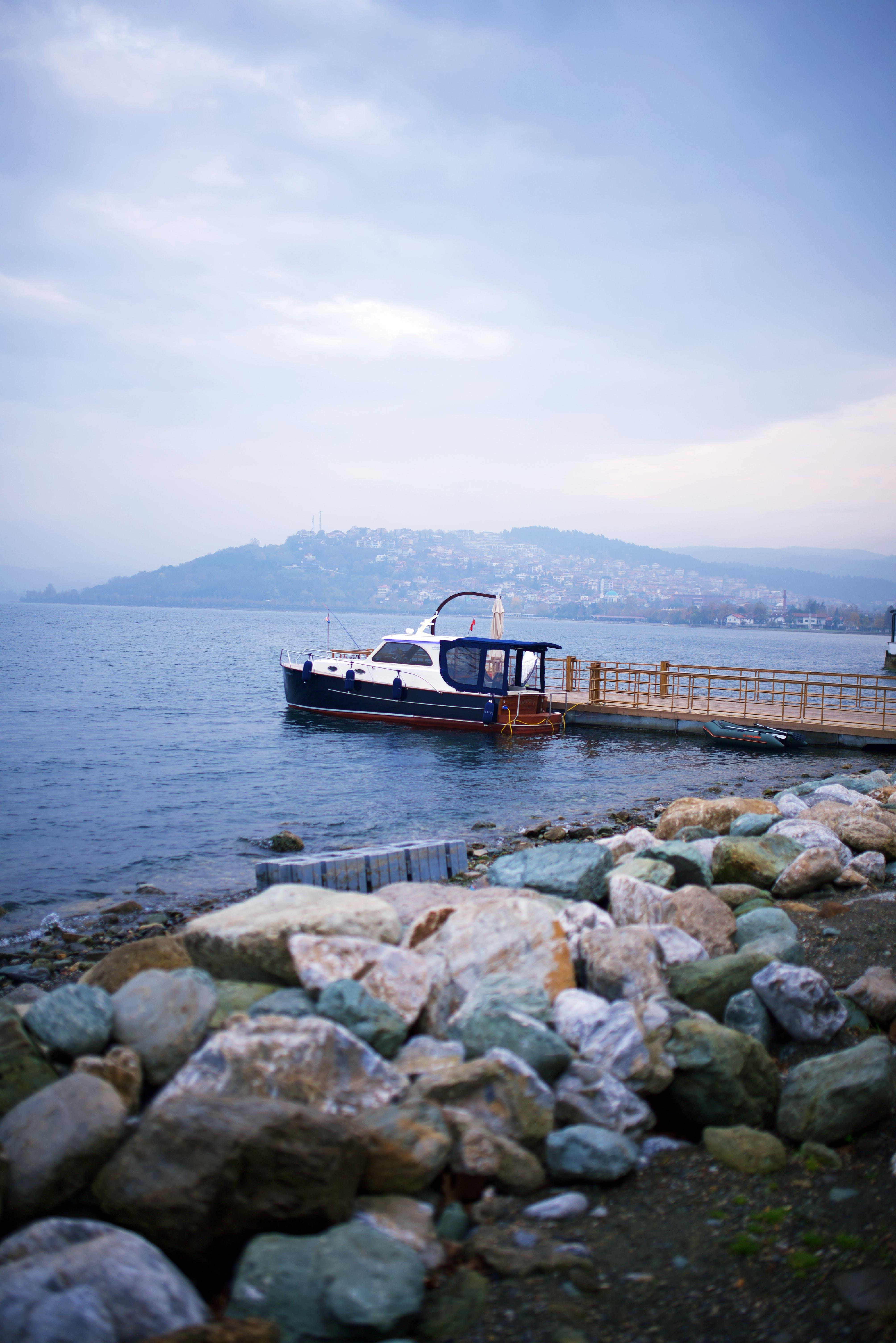 Free stock photo of rocks, sea, yacht