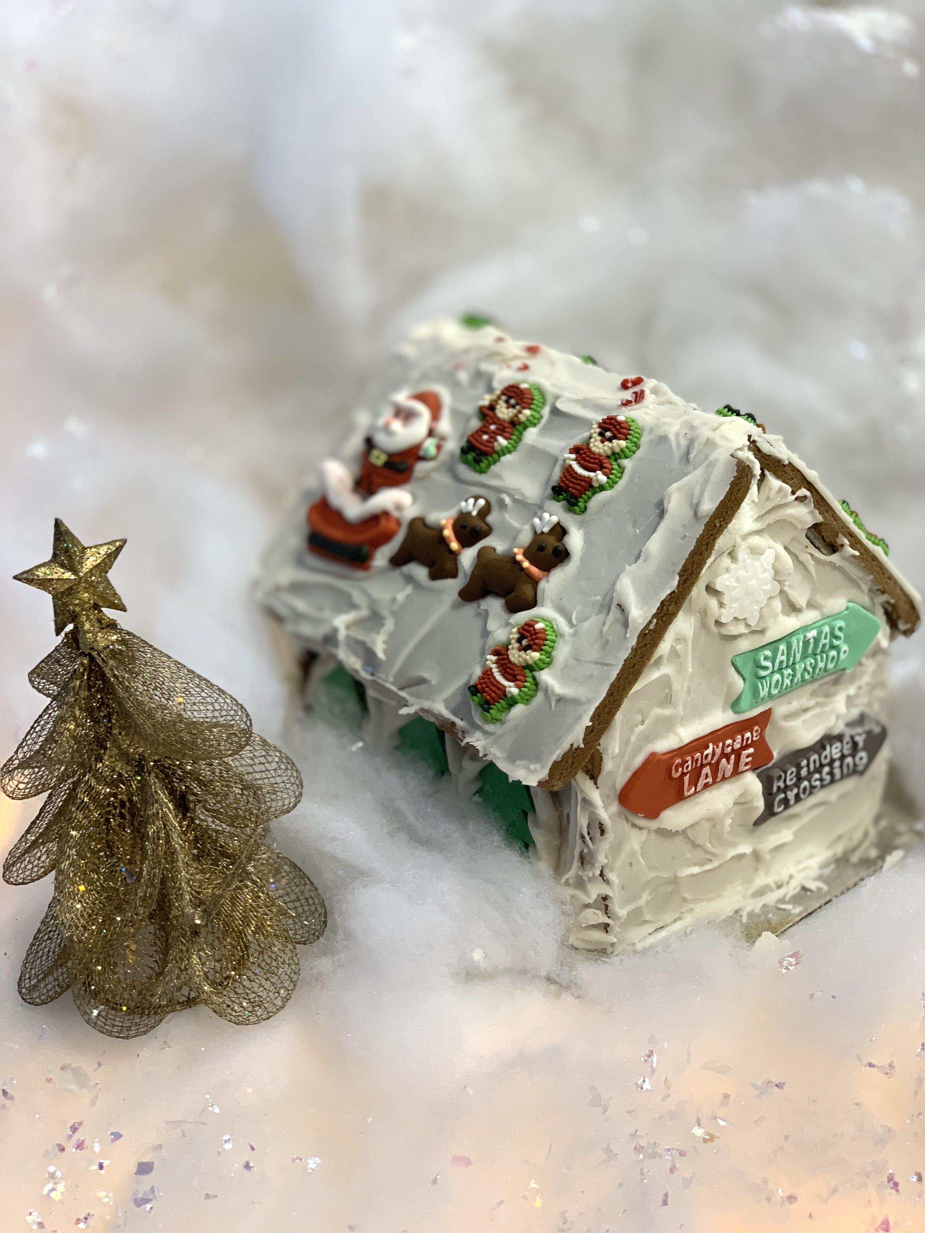 Santa's House Decor