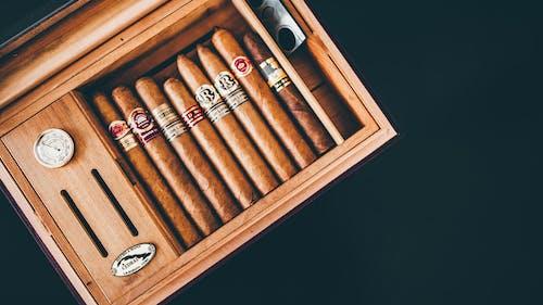 Gratis arkivbilde med retro, sigarer, tre boks