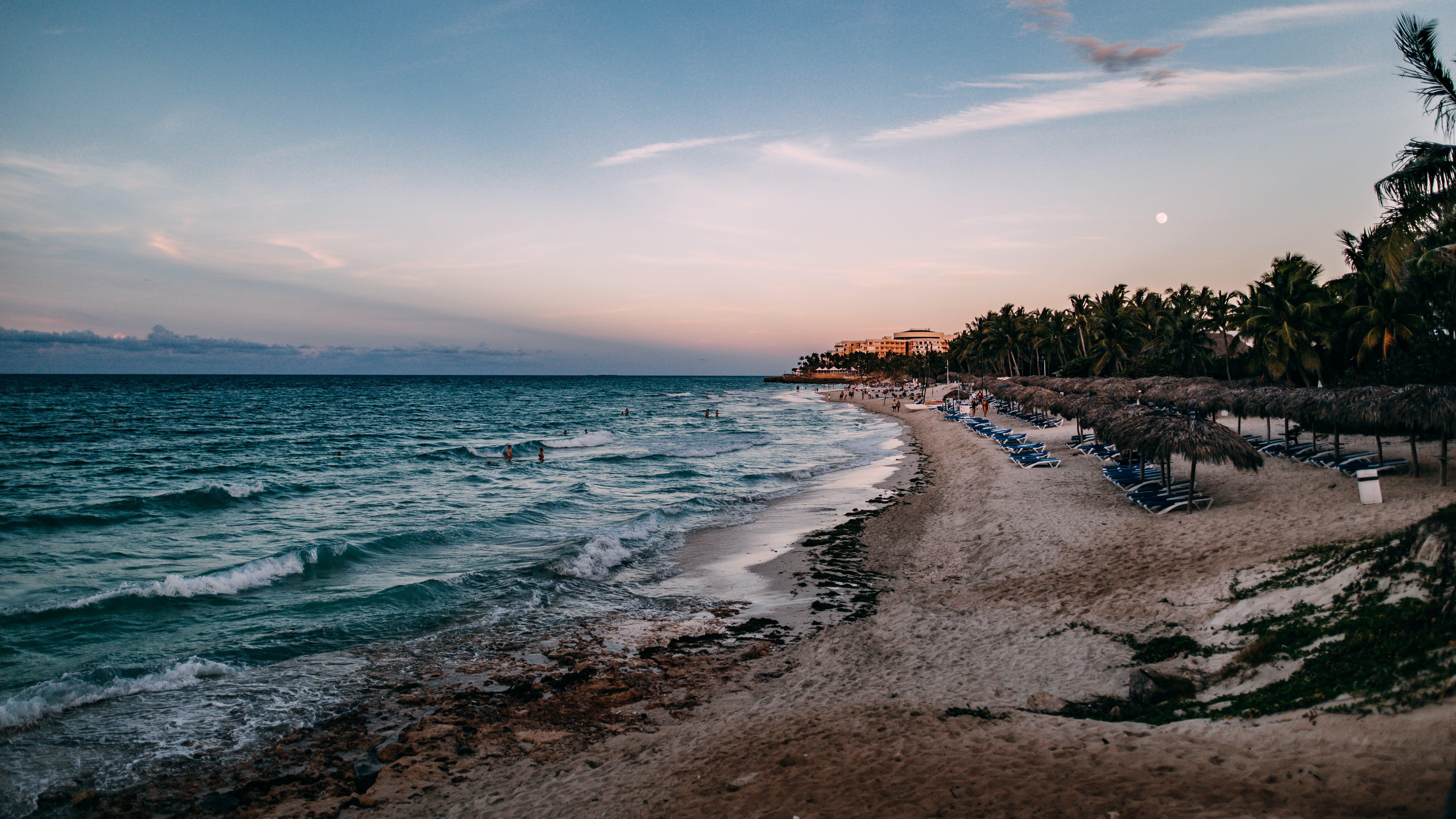 Gratis lagerfoto af aften, bølger, ferie, hav