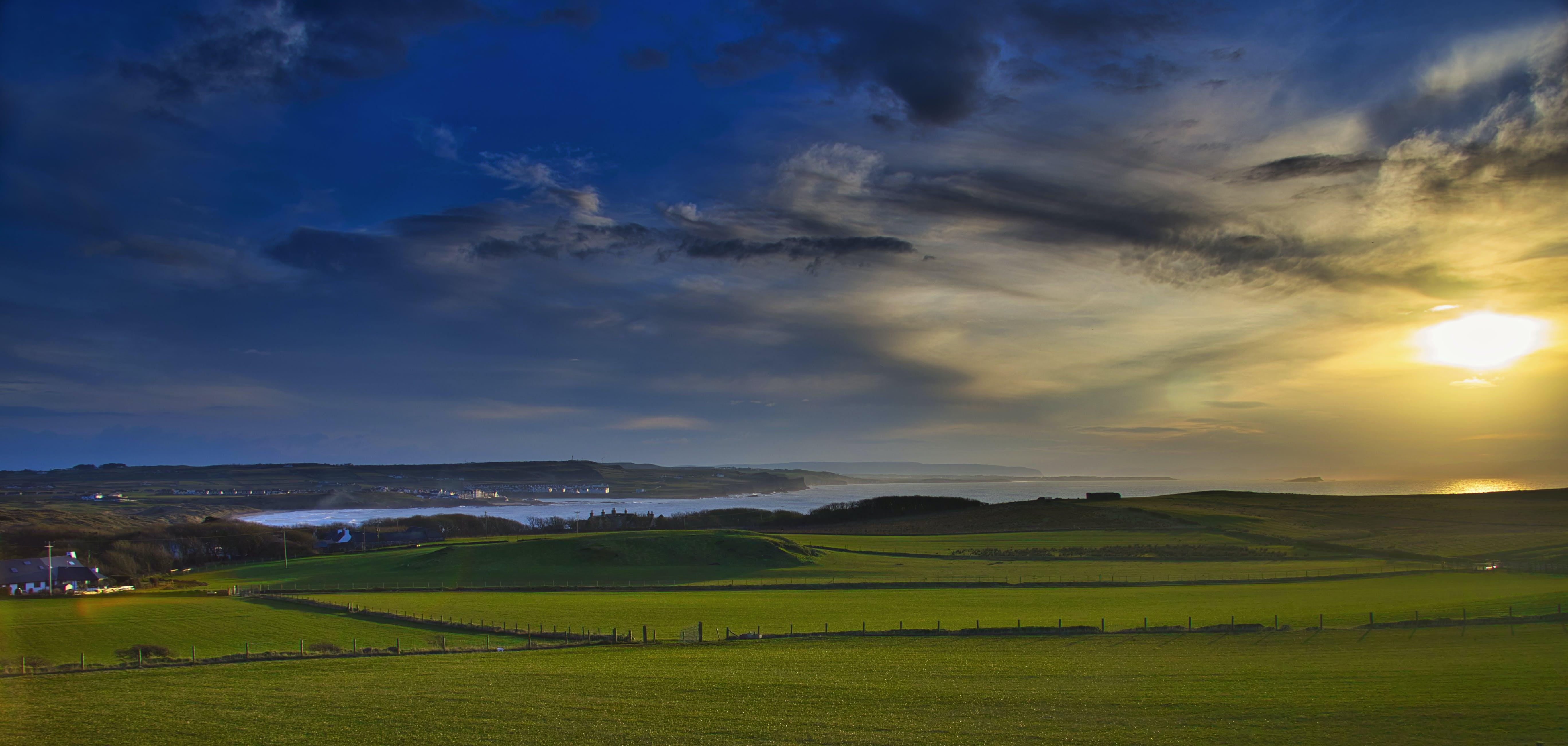 คลังภาพถ่ายฟรี ของ การก่อตัวของเมฆ, ดวงอาทิตย์, ตะวันลับฟ้า, ที่ริมทะเล