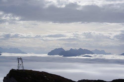 Gratis lagerfoto af bjerge, dis, hav af skyer, t¨åge