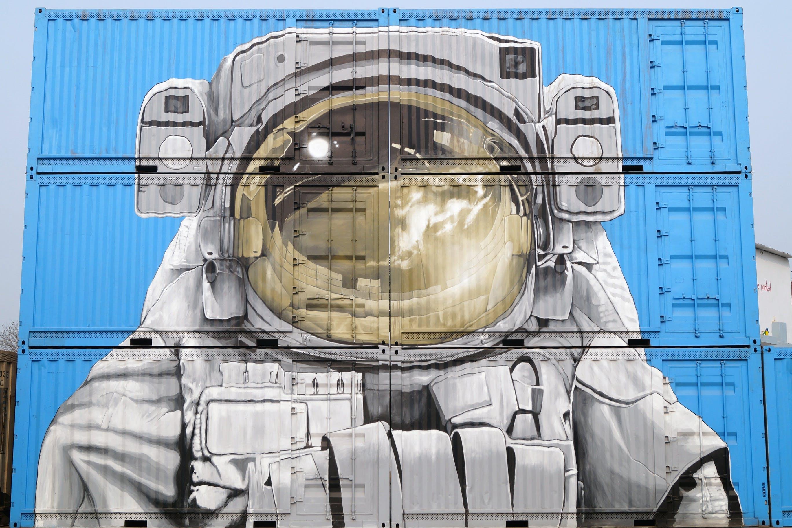 Foto profissional grátis de arquitetura, arte, artístico, astronauta