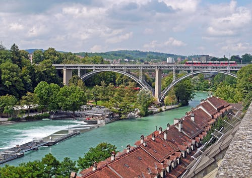 Fotobanka sbezplatnými fotkami na tému architektúra, budova, infraštruktúra, most