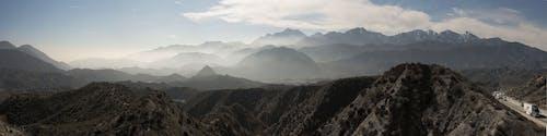 Δωρεάν στοκ φωτογραφιών με βουνά, γραφικός, ομιχλώδης, οροσειρά