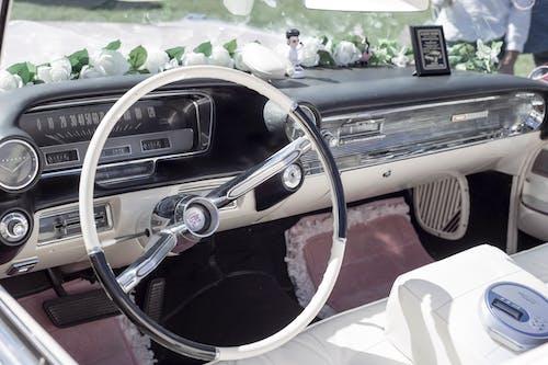 儀表板, 凱迪拉克, 方向盤 的 免费素材图片