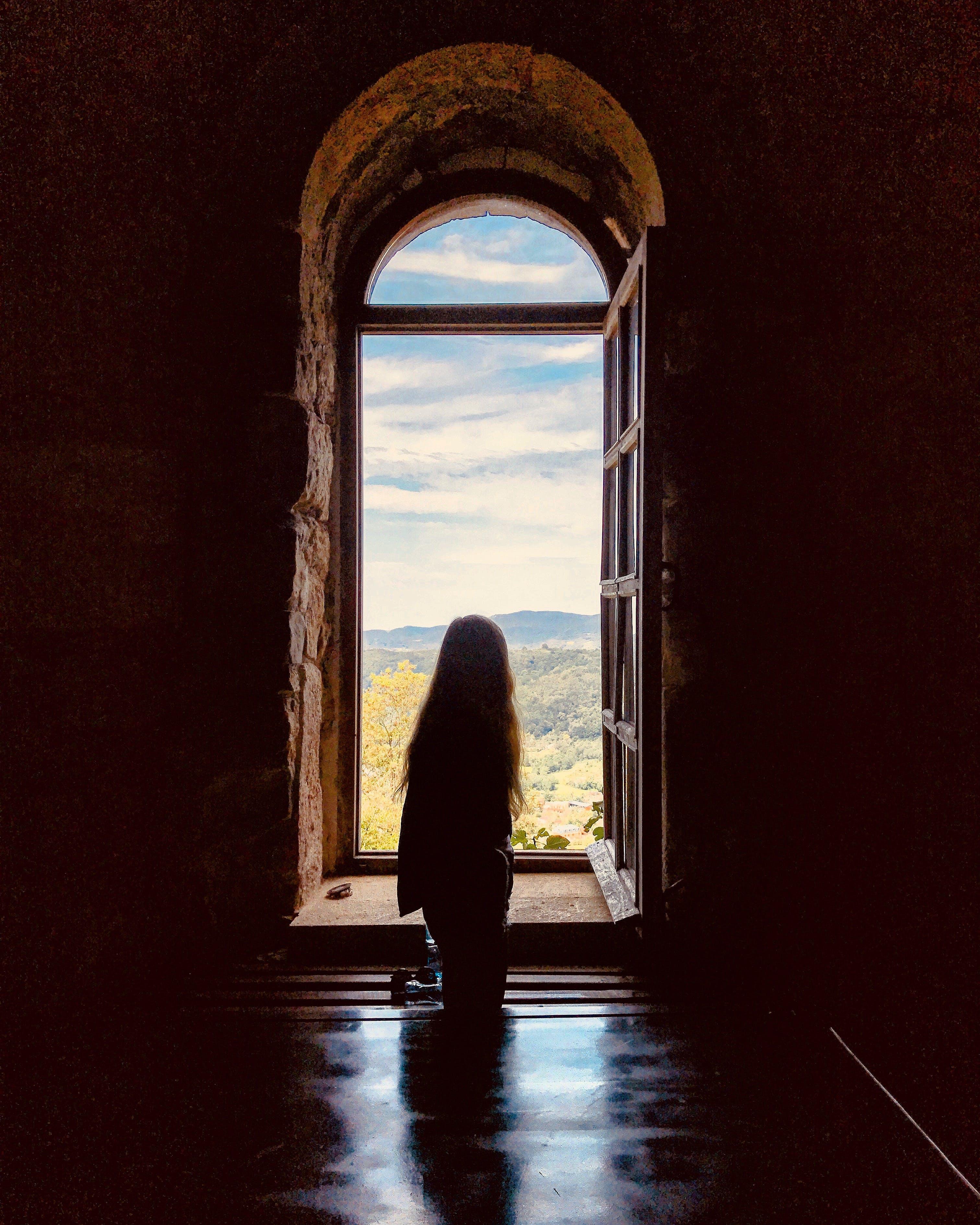 Giriş, kapı, kapı aralığı, kemer içeren Ücretsiz stok fotoğraf