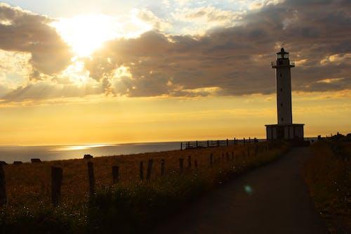 Безкоштовне стокове фото на тему «архітектура, берег, берег моря, вежа»