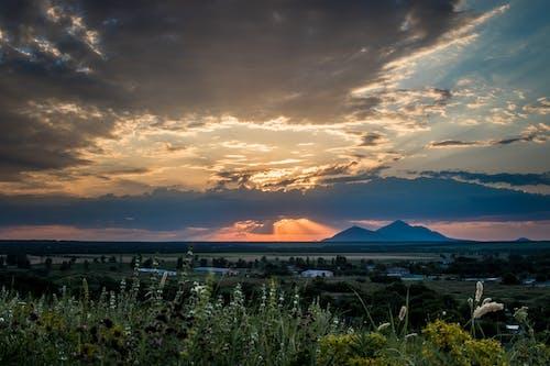 Photos gratuites de aube, campagne, ciel, clairière