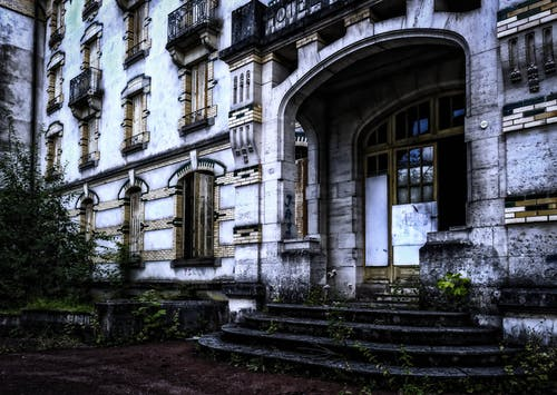 Gratis stockfoto met angstaanjagend, architectuur, deur, eng
