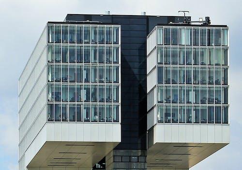 Foto stok gratis Arsitektur, bangunan, bertingkat tinggi, gedung