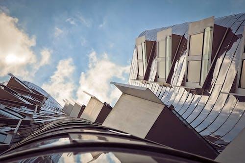 Základová fotografie zdarma na téma architektura, budova, futuristický, mraky
