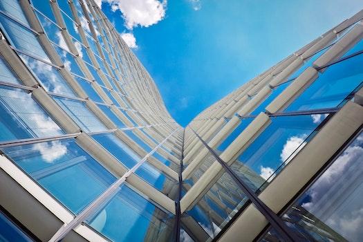Kostenloses Stock Foto zu glas, architektur, fenster, perspektive