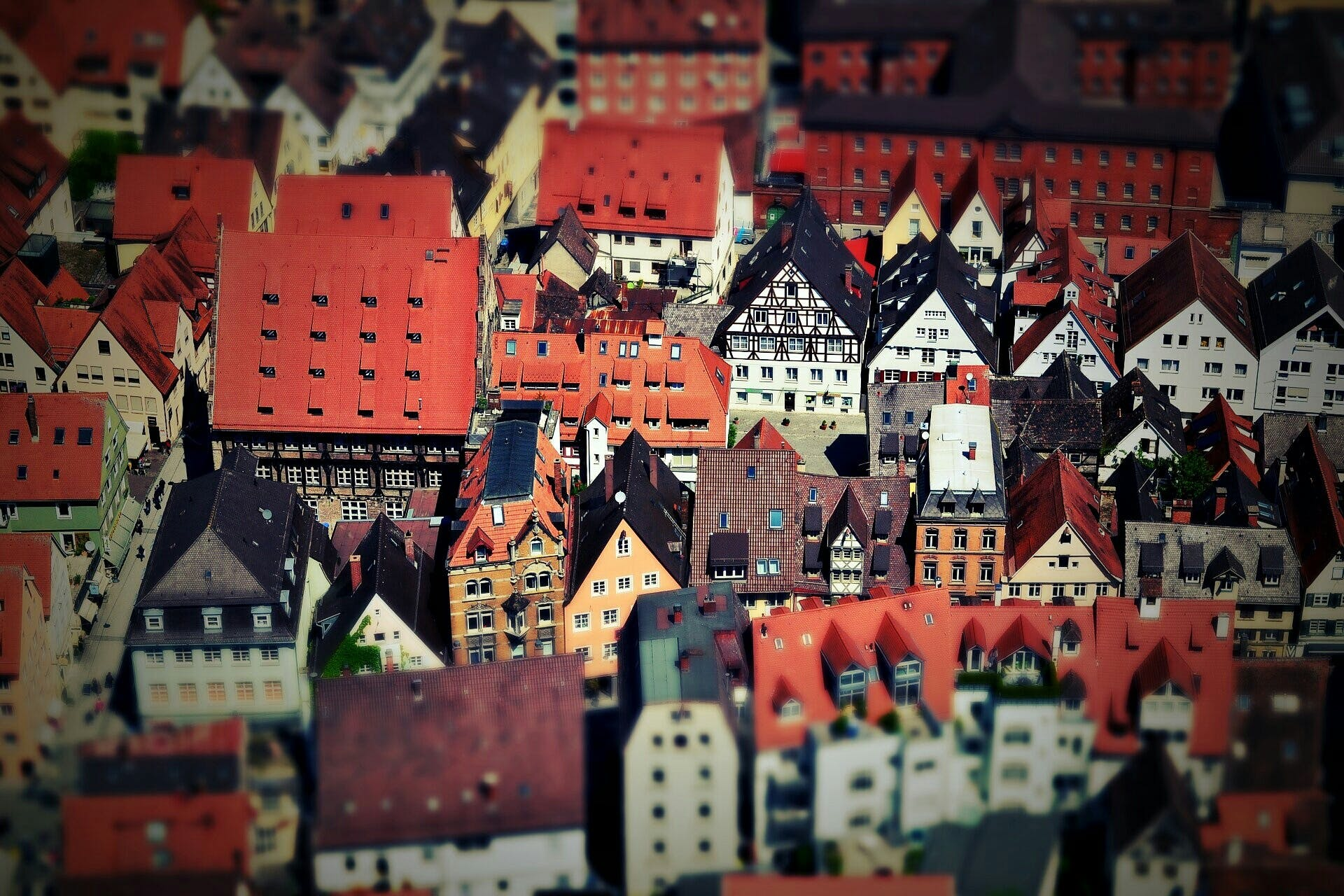 Tilt Shift of Urban View during Daytime