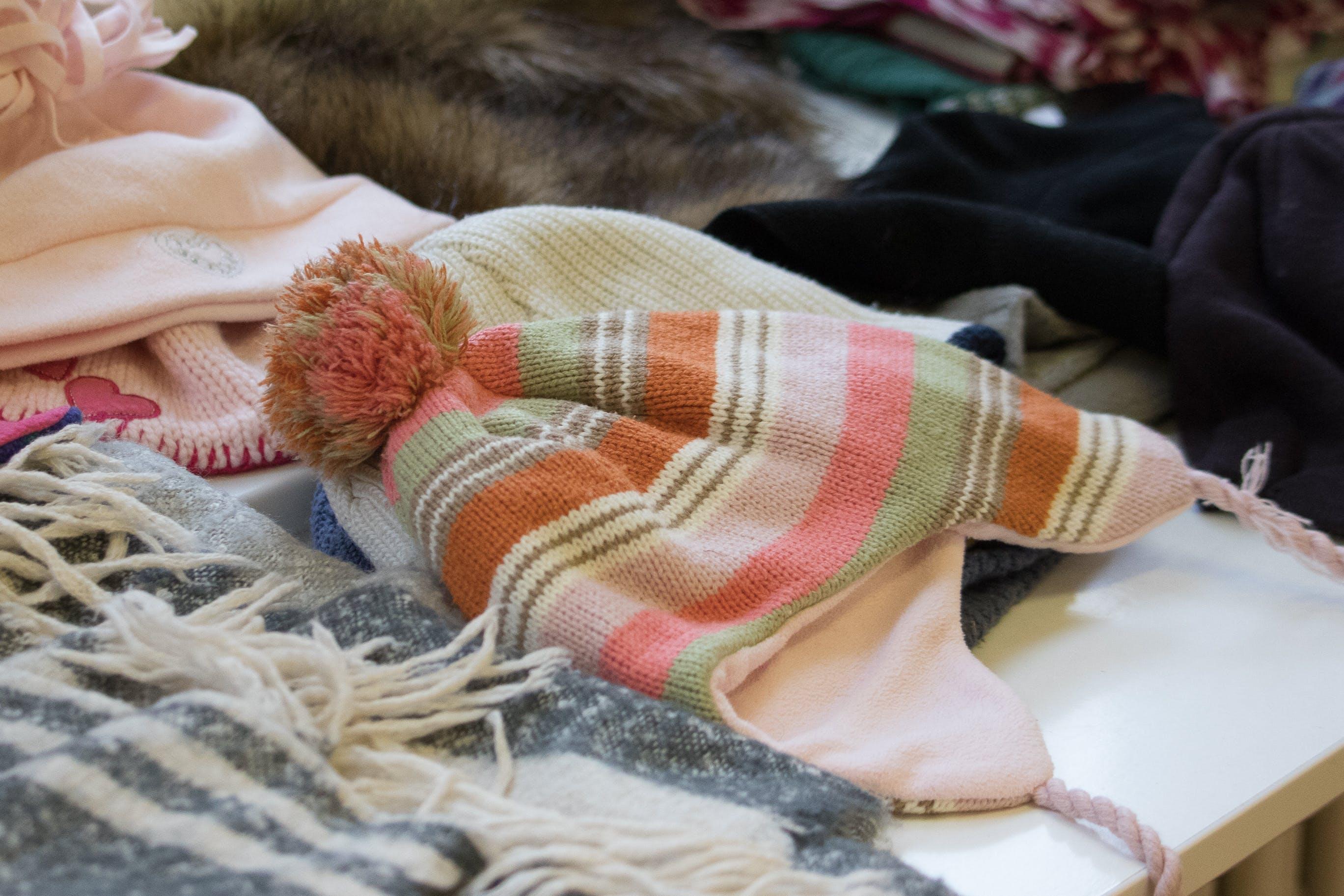 Gratis lagerfoto af strikket hat