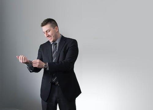 Ingyenes stockfotó linkedin, nagyvállalati, öltöny, professzionális témában