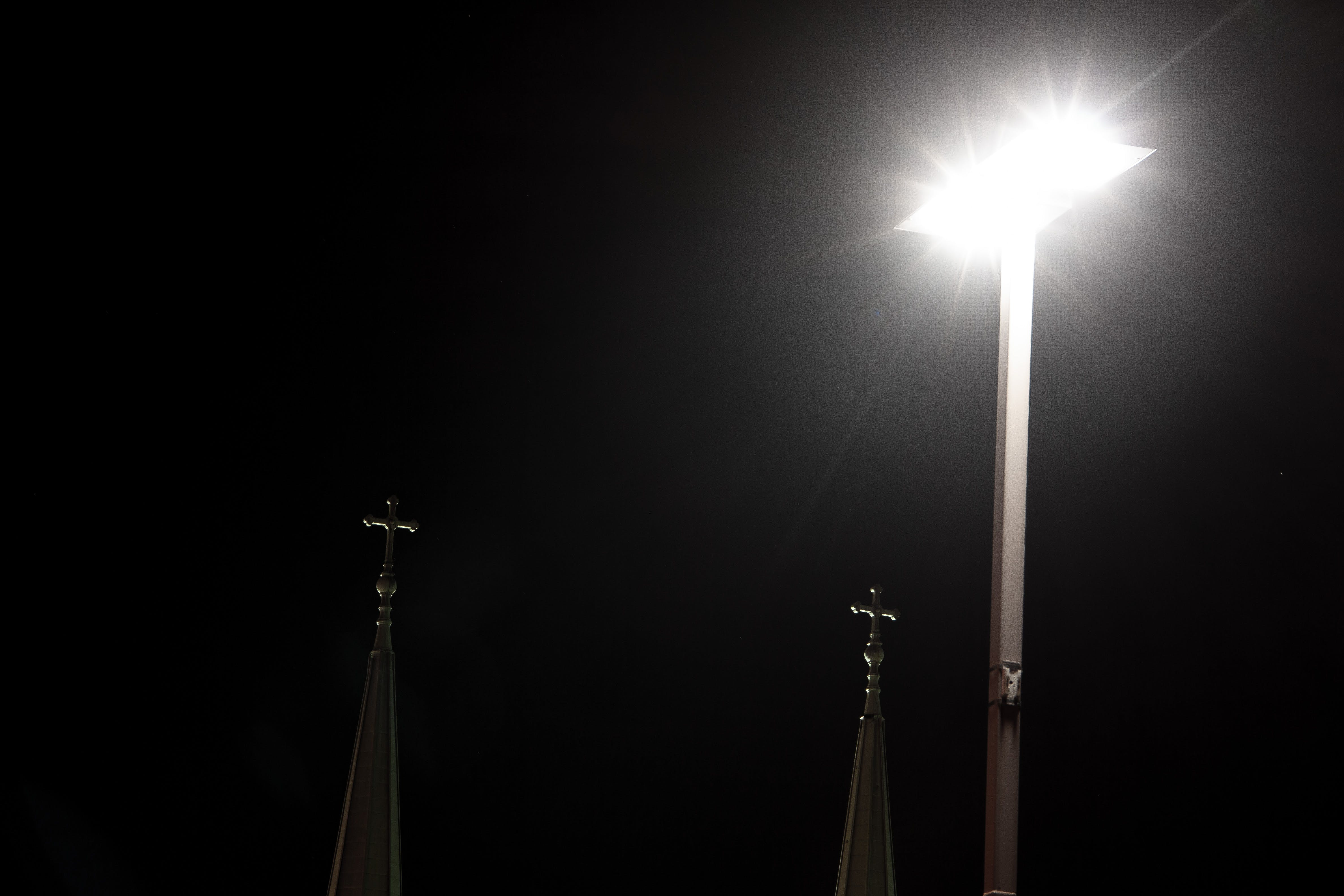 Photos gratuites de ciel nocturne, croix, église, jésus