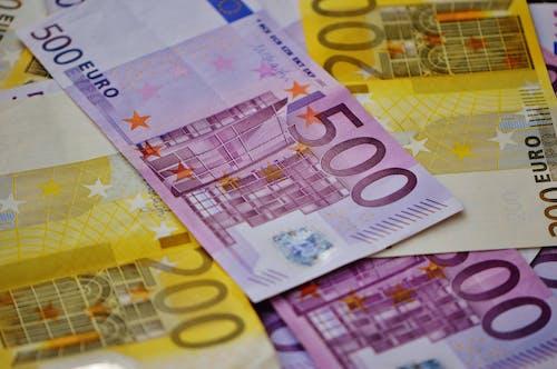 Základová fotografie zdarma na téma bankovka, bohatství, číslo, ekonomika