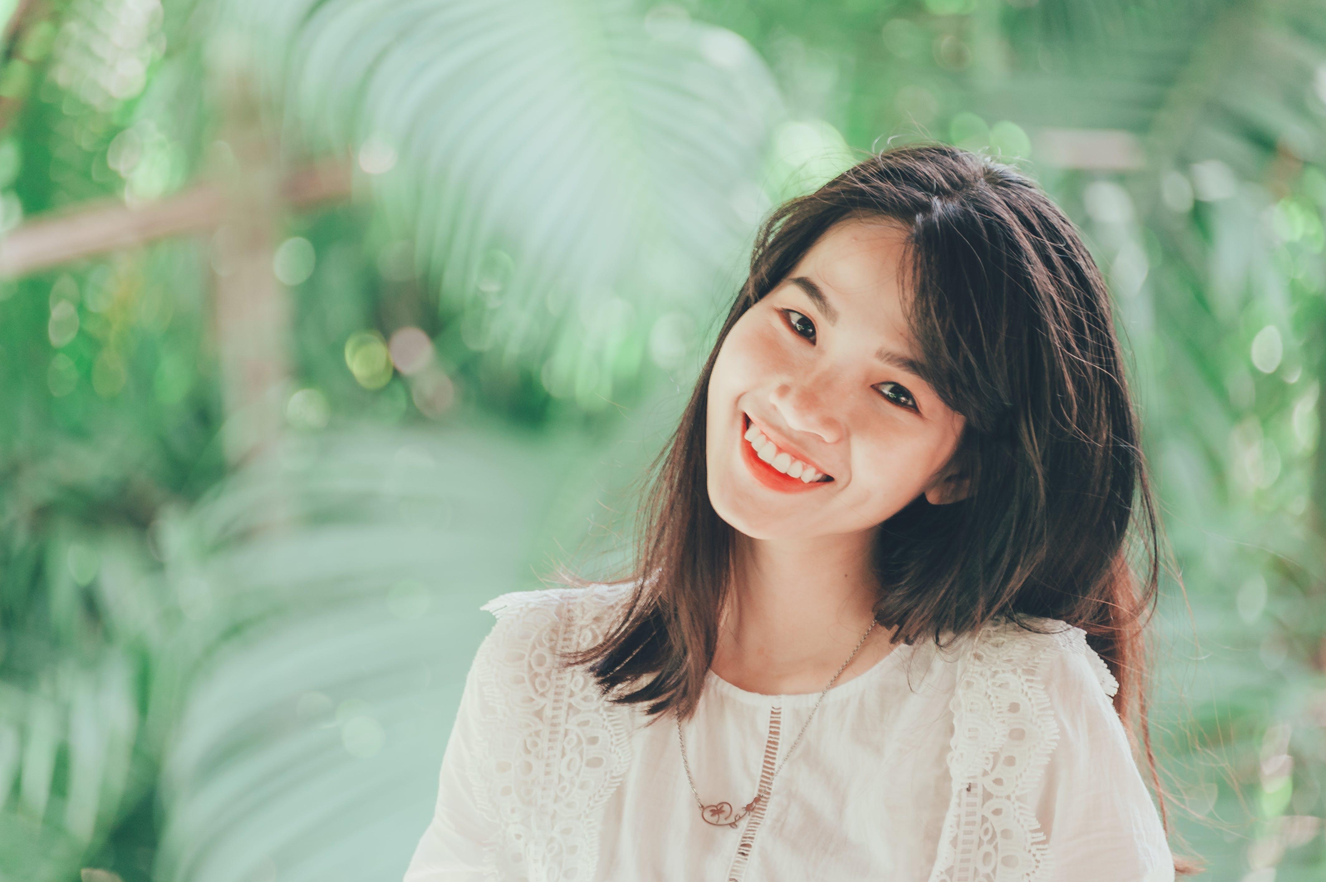 ほほえむ, ぼかし, アジア人, アジア人の女の子の無料の写真素材