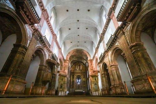 Foto profissional grátis de amplo, arquitetura, arquitetura britânica, britânico