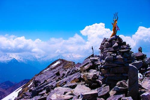 16000 feet, bulutlar, buz, dağ doruğu içeren Ücretsiz stok fotoğraf